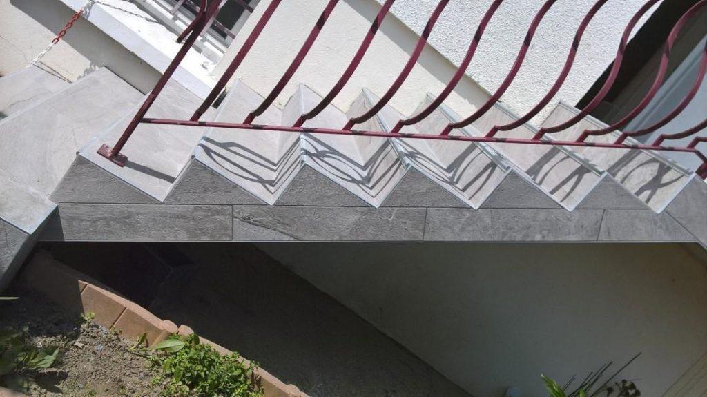 Escalier extérieur réalisé par JF-Clémenceau Carrelage en Loire Atlantique